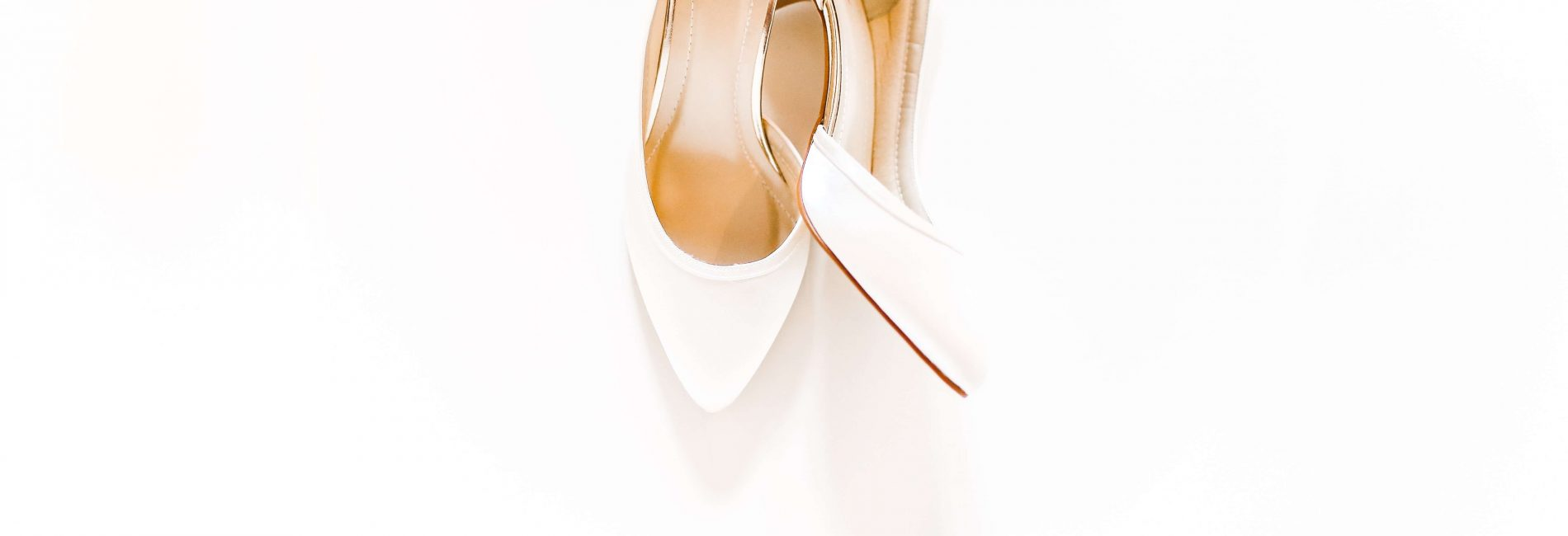 Wesele minimalistyczne – pójście na łatwiznęczy wysoki poziom elegancji?